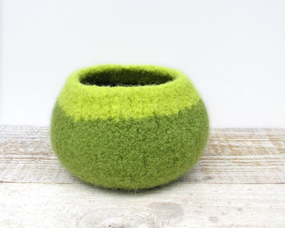 Felt Wool Bowl - Leaf Green, Lime, Wool, Home Decor, Storage, Knitted gifts, Unisex, Modern, Hostess Gift