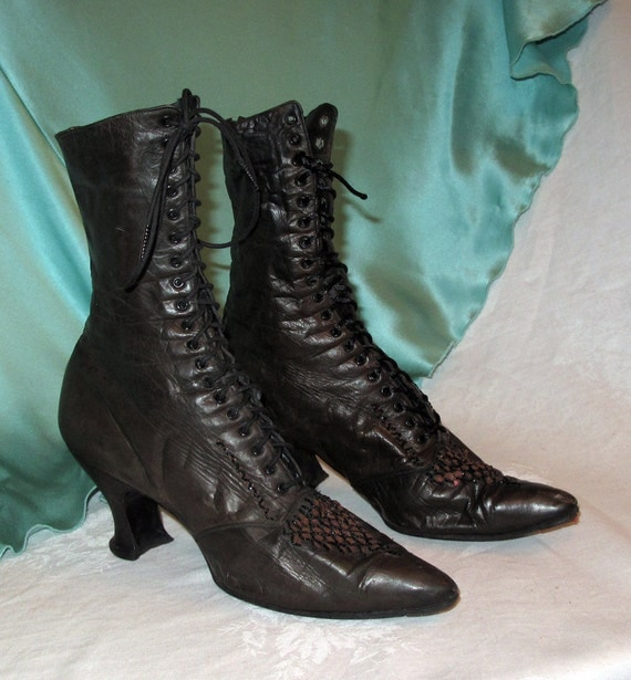 Victorian Steampunk Boots Antique Vintage Beaded 1880s 1920s