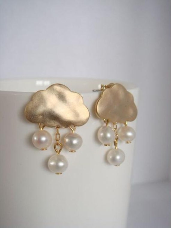 Gold cloud earrings with mother of pearl rain drops