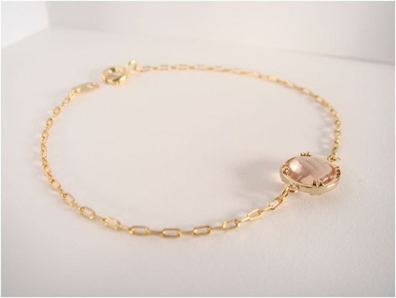 Gold and peach glass bracelet - Everyday jewelry