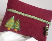 100% Wool Plebe Mini Pouch - Christmas Trees and Charms