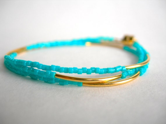 Christmas in July, Tiny Beaded Bracelet in Turquoise and Gold, Friendship Bracelet, Small Delicate Bracelet