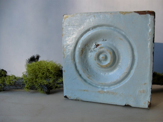 Vintage bullseye wood architectural molding