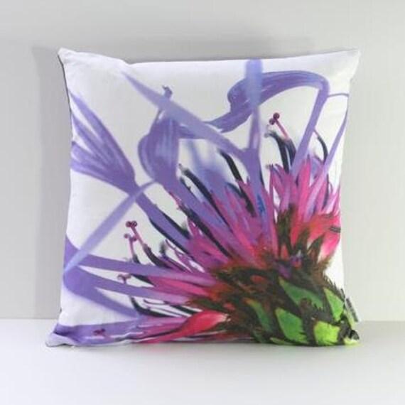 Garden Flowers Pillow Cover: Mountain Cornflower (Right-Side Print)