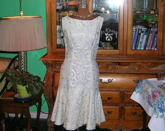 Vintage 50's Wedding Gown . Wiggle Mermaid Party or Bridal Dress . Creme Corded Soutache Floral Lace . Jazzy 50's Ivory Prom . Anita O Day .