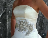 My Glorious Victoria bridal sash - Statement sash with rhinestones, pearls and vintage lace