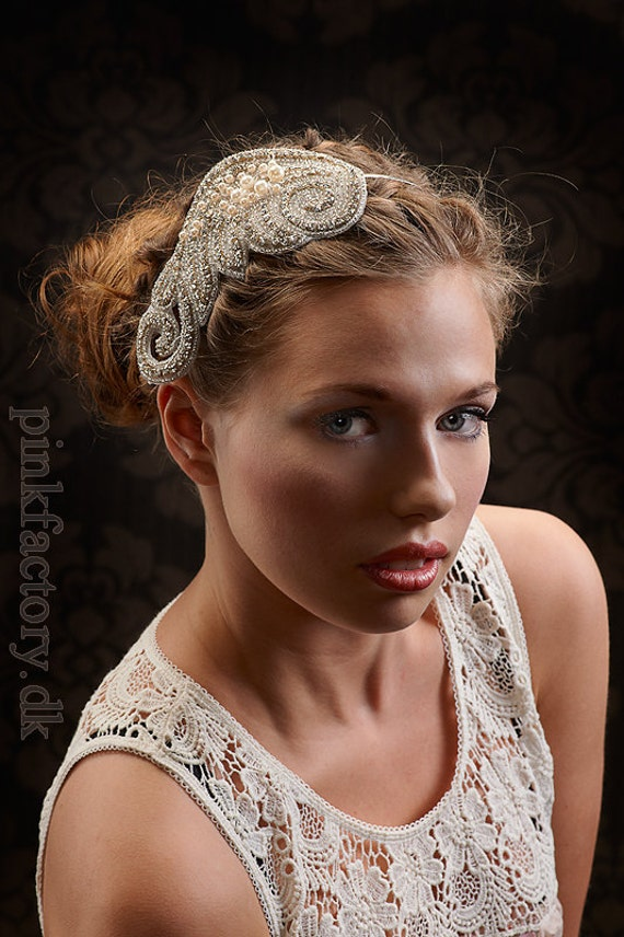 SALE - My Shining Athena bridal hair piece - Shimmering fascinator with rhinestones and pearls