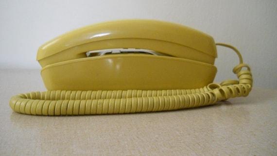 Vintage Yellow Wall Phone / Push Dial Retro Telephone Vintage 80s Trimline