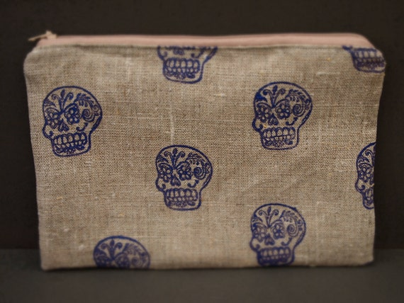 Natural linen hand printed mexican day of dead sugar skull zipped purse pouch cornflower blue