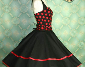 50's vintage dress full skirt white in red black perfect for a petticoat Tailor Made