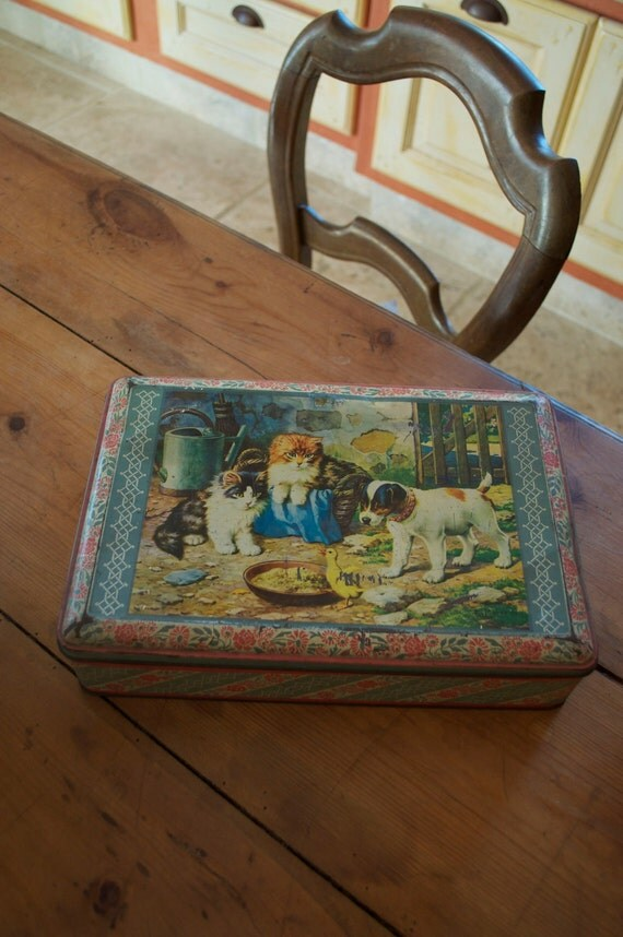 Great French Biscuit Tin with Puppy Kittens Duck