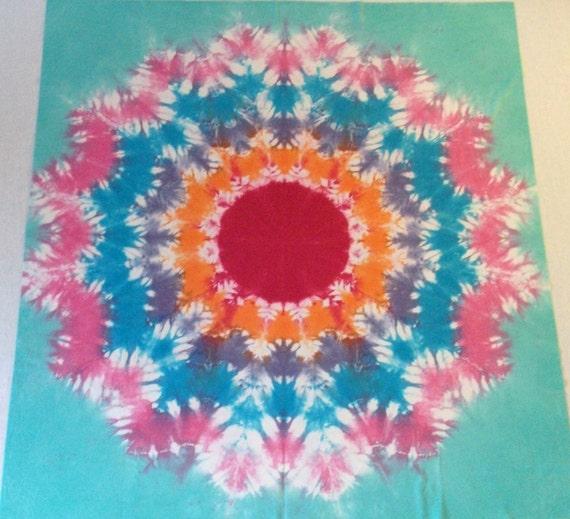 Tie Dye Tapestry: 16 Pointed Star