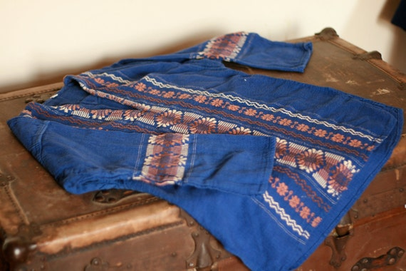 blue embroydered 70's style top