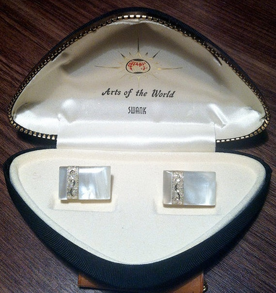 "Elegant Original Swank ""Arts of the World"" Mother of Pearl Cufflinks"