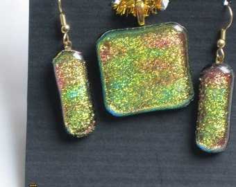 Dichroic Pink/Yellow/Green Crinkilized Earrings and Necklace - Item 1-1242
