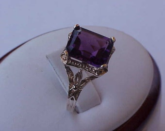 Antique Unique 10K Yellow  Gold Amethyst   Ring, ART DECO,1930s