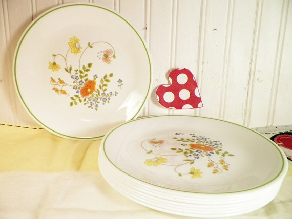 Wildflower Corning Luncheon Plates Set Of 8 Vintage 1977
