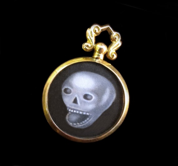 Skull Miniature Painting in 9K Gold Antique Locket