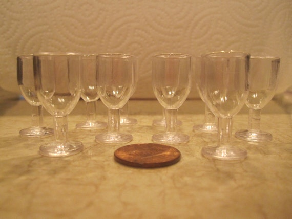 SET OF 10   15mm Miniature Wine or Water Goblet Plastic Glasses