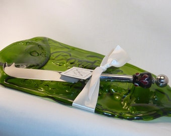 Party Lover's Gift Set . Cheese Knife . Recycled Slumped Melted Glass Tray. by Lori Davidson . Very Glassy Gifts