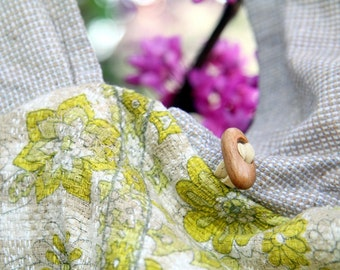 Silk / linen mei tai baby carrier, yellow flowers. Perfect one for a hot summer.