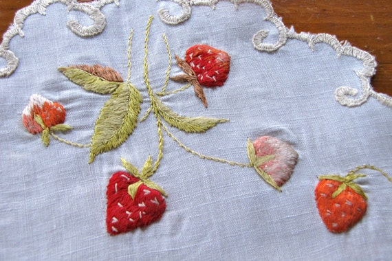 Vintage Linen Doily Society Silk Embroidery Red Strawberries