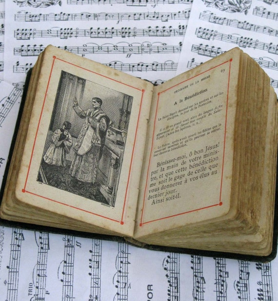 Illustrated Childrens Prayer Book  circa 1843 in french and latin