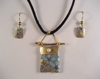 japanese washi paper 14 karat gold earrings and pendant by heavenly cranes jewelry