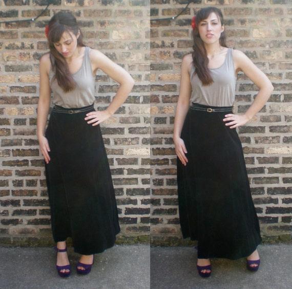 Vintage Black Velvet Skirt - 70s High-Waisted Boho Rocker Maxi SM