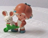 Apricot with Hopsalot Figurine from Strawberry Shortcake