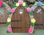 Free Shipping Miniature Fairy Door faux wood finish with pink and yellow roses perfect size to transform bird houses to fairy houses