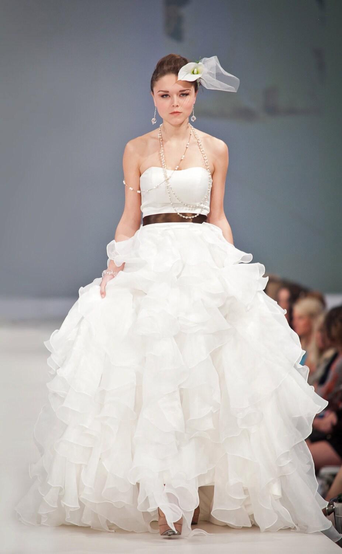 Charleston wedding dress designer wedding dress sample sale for Designer sample wedding dresses
