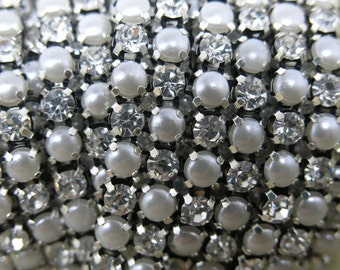 1 Yard 2-Rows of Size SS 18 4.5MM 888 Clear Crystal and Pearl Rhinestone Close Trims Silver Cup Chain Wedding Cake Decoration