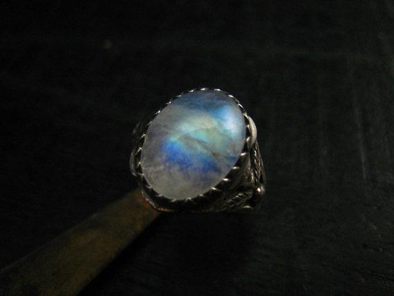 Moonstone Ring, oxidized fine Silver