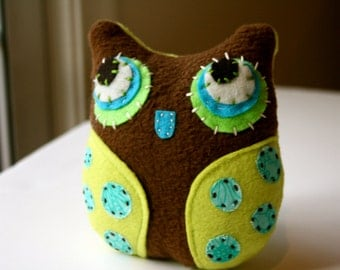 Li'l Brown - Owl Plushie