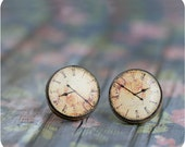 Clock earrings - Clock jewelry -  Stud earrings - Victorian style - Retro Clock - Free shipping / STD03