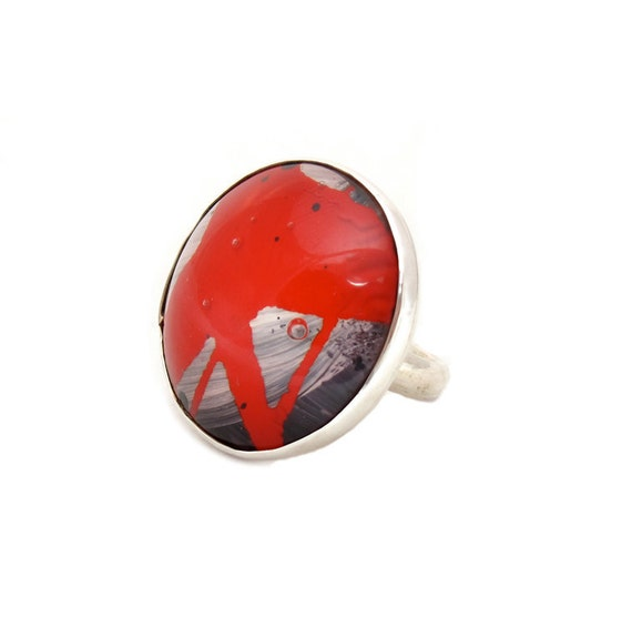 Steampunk Ring - Red Grey Ring - Sterling Ring - Resin Ring - Bold Ring - Eco Friendly Jewelry - Size 7 Ring - Statement Ring - Candy Apple