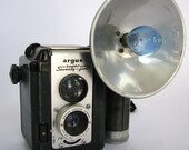 Vintage Argus Super Seventy Five Camera - 1950s Bakelite With Leather Case and Flash Bulb