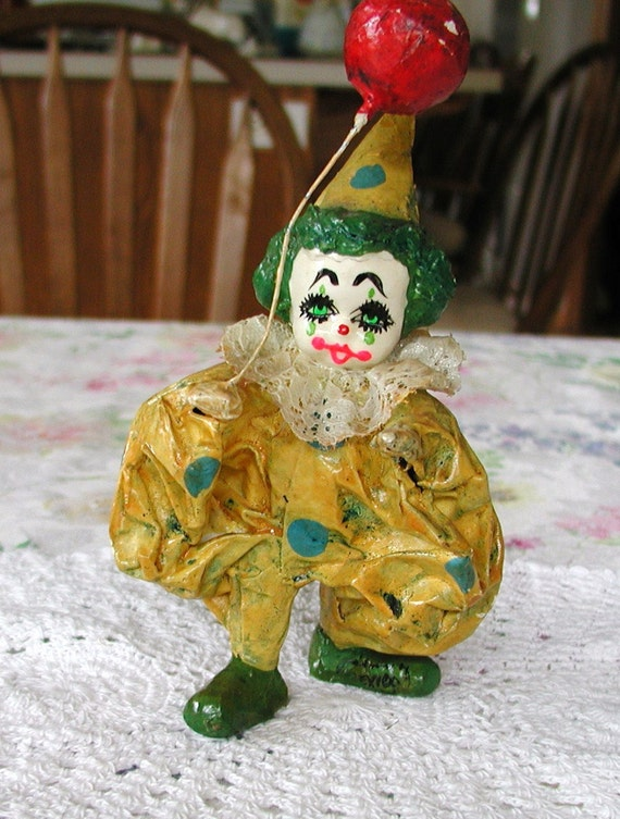 1950s Paper Mache Handmade CIRCUS CLOWN  w/ Balloon 10% Discount