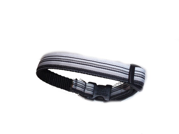 Black and White Stripped Preppy Dog Collar