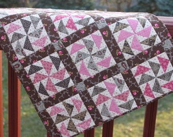Wall Hanging - Duchman's Puzzle- Civil War Reproduction Fabrics -Brown Pink Wallhanging- Handmade Wall Quilt