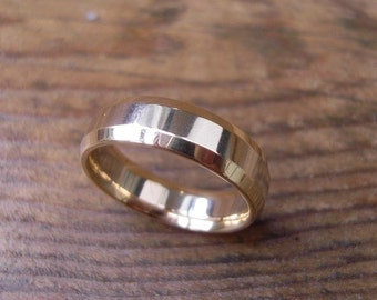 Two Tone Wedding Ring in 14K Yellow and White Gold