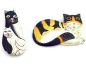 Vintage Cat Pins / Cat Brooches - Set of 2 Painted Resin Brooches