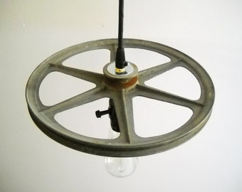 Industrial Pendant Light Hanging Vintage Metal Steampunk Pulley Gear with Edison Bulb