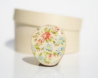 Vintage Floral Statement Ring. mom gift Flower Statement Ring. Wood Statement Ring.