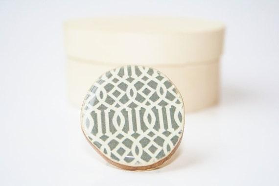 Grey geometric statement ring. Wood statement ring, wood ring, statement jewelry, eco friendly jewelry, eco fashion