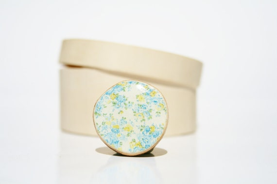 Cocktail Ring spring jewelry cocktail ring  bridesmaid jewelry blue floral Chunky ring Minimalist jewelry  eco friendly eco fashion