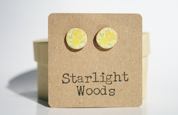 Vintage floral studs earrings yellow floral studs summer jewelry stud earrings fashion wood earrings Minimalist jewelry  eco friendly