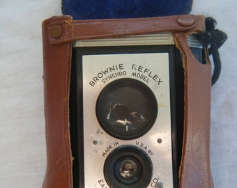 Vintage Camera Brownie 1940's or 1950's with Case