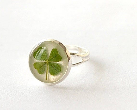 Four leaf clover ring - 4 leaf clover handmade lucky jewelry - Trifolium repens